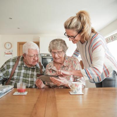 Home carers in Ferndown, Verwood & West Moors